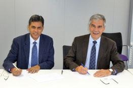 Signature du partenariat avec l'IIM Raipur 2012