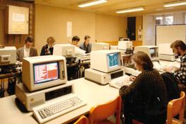 Salle informatique en 1986