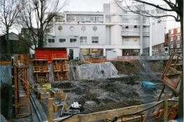 Construction du bâtiment B 2002